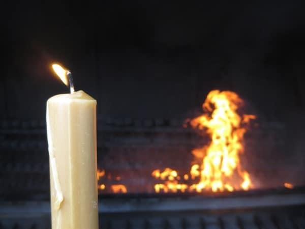 17_Kerze-tanzende-Flamme-Fatima-Portugal
