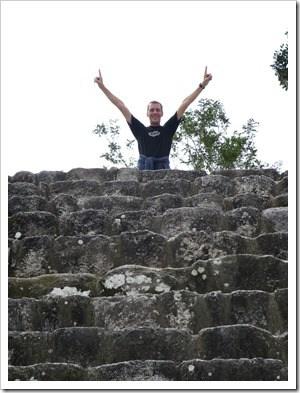 06_Dirk-Penzel-on-top-Maya-Pyramide-Lieblingsessen-Mexiko