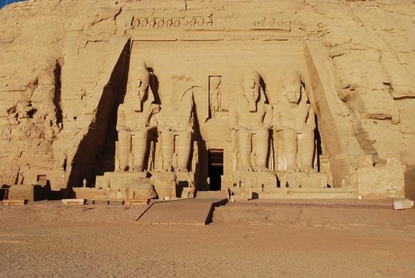 10_Abu-Simbel-Grosser-Tempel-Aegypten-Nilkreuzfahrt