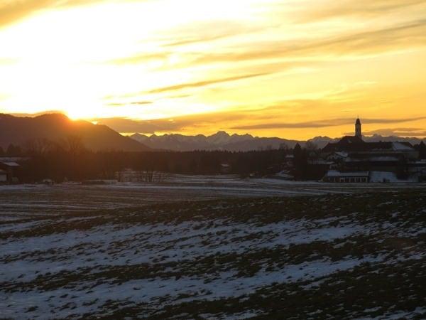 16_Kloster-Reutberg-Sachsenkam-Bayern-Sonnenuntergang