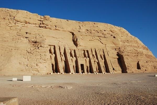 21_Aufwiedersehen-Abu-Simbel-Grosser-Tempel-Aegypten-Nilkreuzfahrt