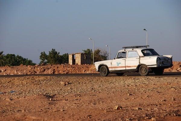 30_Parkplatz-Abu-Simbel-Aegypten