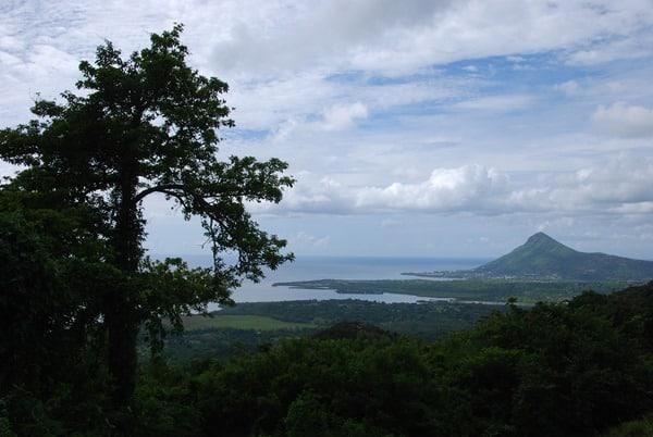 26_Blick-auf-Westkueste-von-Mauritius-Tamarin