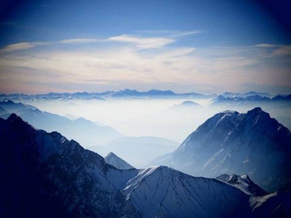 04_Alpenpanorama-Zugspitze-Schnee