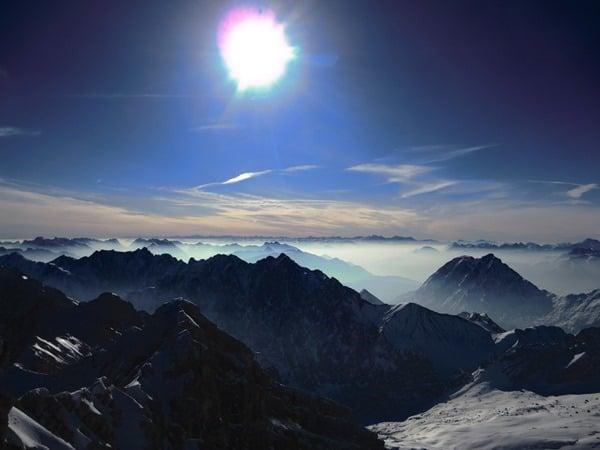 05_Alpenpanorama-Zugspitze-Sonne