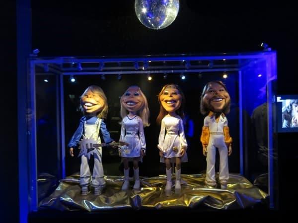 08_ABBA-The-Last-Video-2004