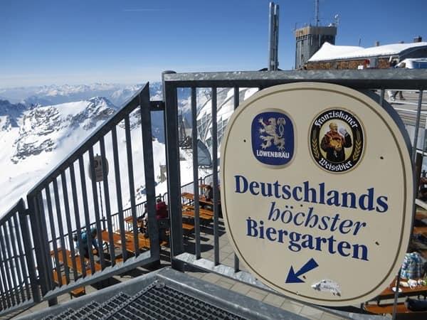 08_Biergarten-Zugspitze-Winter-Sonnenfinsternis-SoFi-2015