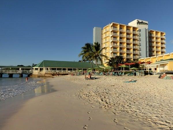01_Hotel-Radisson-Aquatica-Resort-Barbados