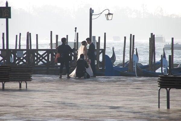 04_Brautpaar-am-Markusplatz-Venedig-Italien