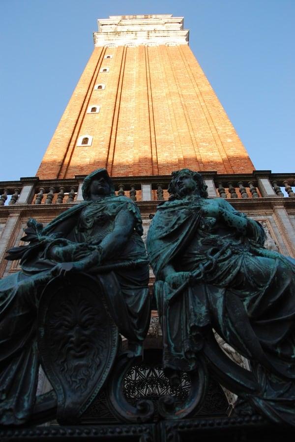 07_Markusturm-Markusplatz-San-Marco-Venedig-Italien