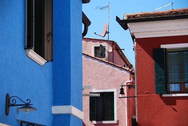 13_Bunte-Haeuser-von-Burano-Venedig-Italien