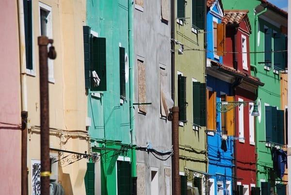 18_Bunte-Haeuser-von-Burano-Venedig-Italien