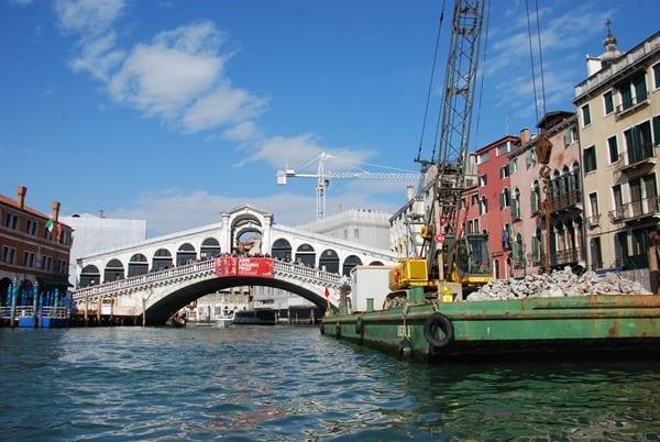 18_Rialto-Bruecke-Canal-Grande-Venedig-Italien