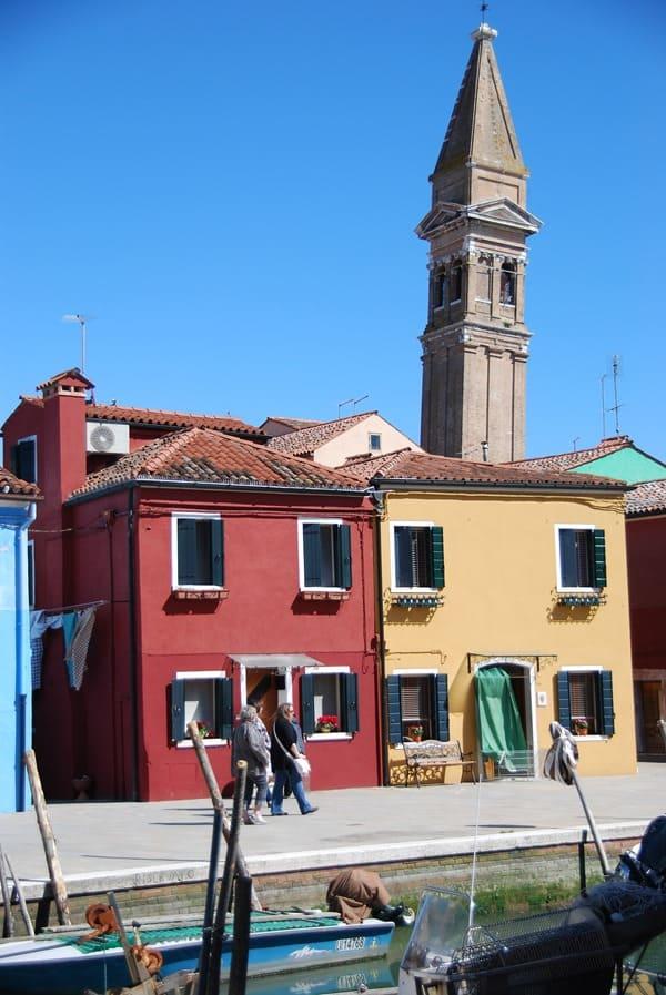 19_Campanile-von-San-Martino-schiefe-Kirche-von-Burano-Venedig-Italien