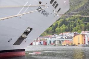 00_MSC-Sinfonia-Bergen-Norwegen-590×393