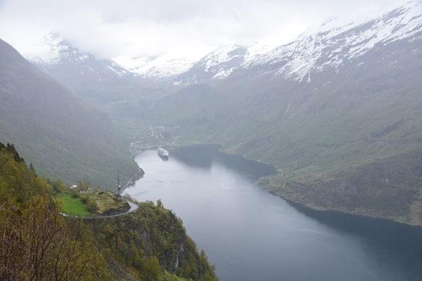 14_MSC-Sinfonia-Geiranger-Fjord-Norwegen