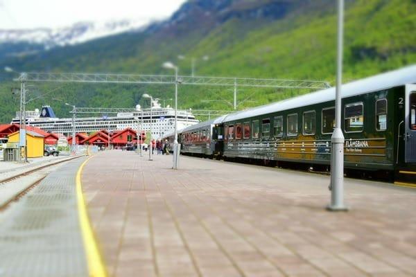 19_Flambahn-Flamsbanen-MSC-Sinfonia-Flam-Norwegen