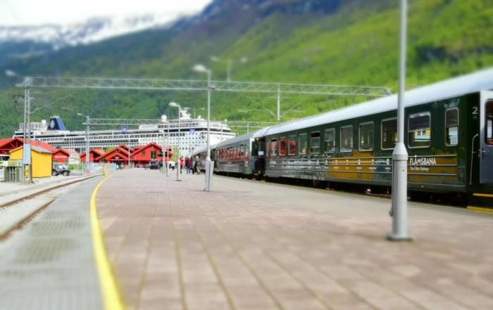 Flambahn Norwegen Flamsbana MSC Sinfonia Sognefjord