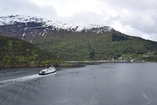 01_Faehre-Fjord1-Hellesylt-Geirangerfjord-Norwegen