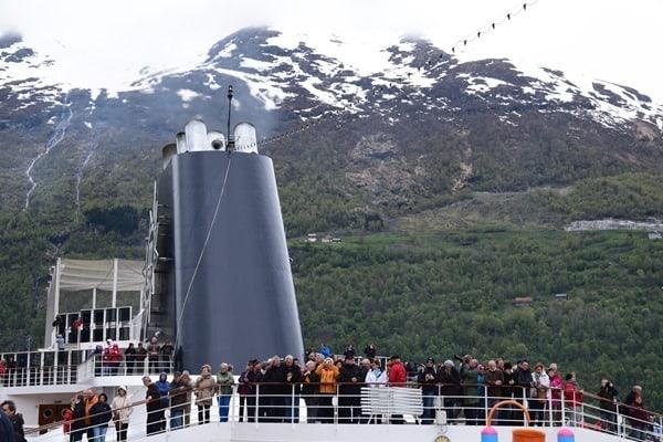 03_Passagiere-MSC-Sinfonia-Kamin-Geirangerfjord-Norwegen