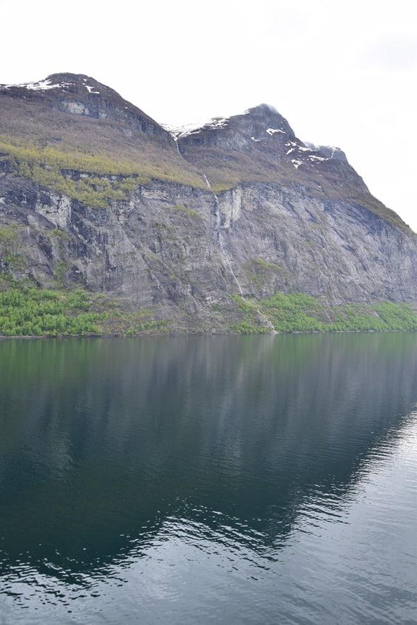 05_Wasserfall-Geirangerfjord-Norwegen