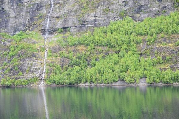 07_Wasserfall-Geirangerfjord-Norwegen