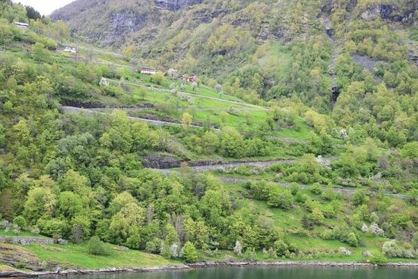 15_11-Serpentinen-Geirangerfjord-Norwegen
