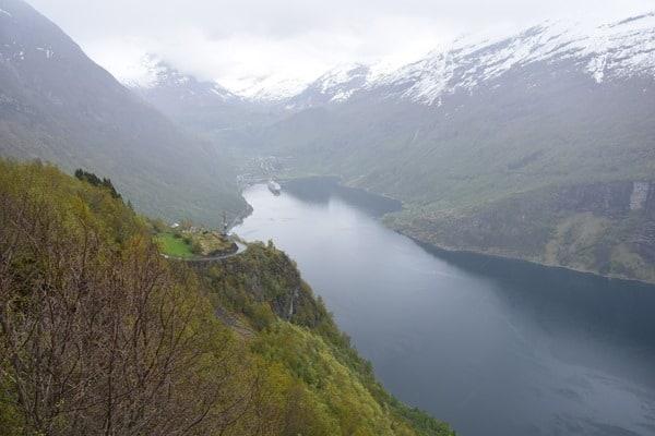 25_Aussicht-MSC-Sinfonia-auf-Reede-im-Geirangerfjord-Norwegen