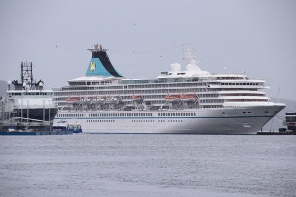 98_MS-Artania-Hafen-Bergen-Norwegen