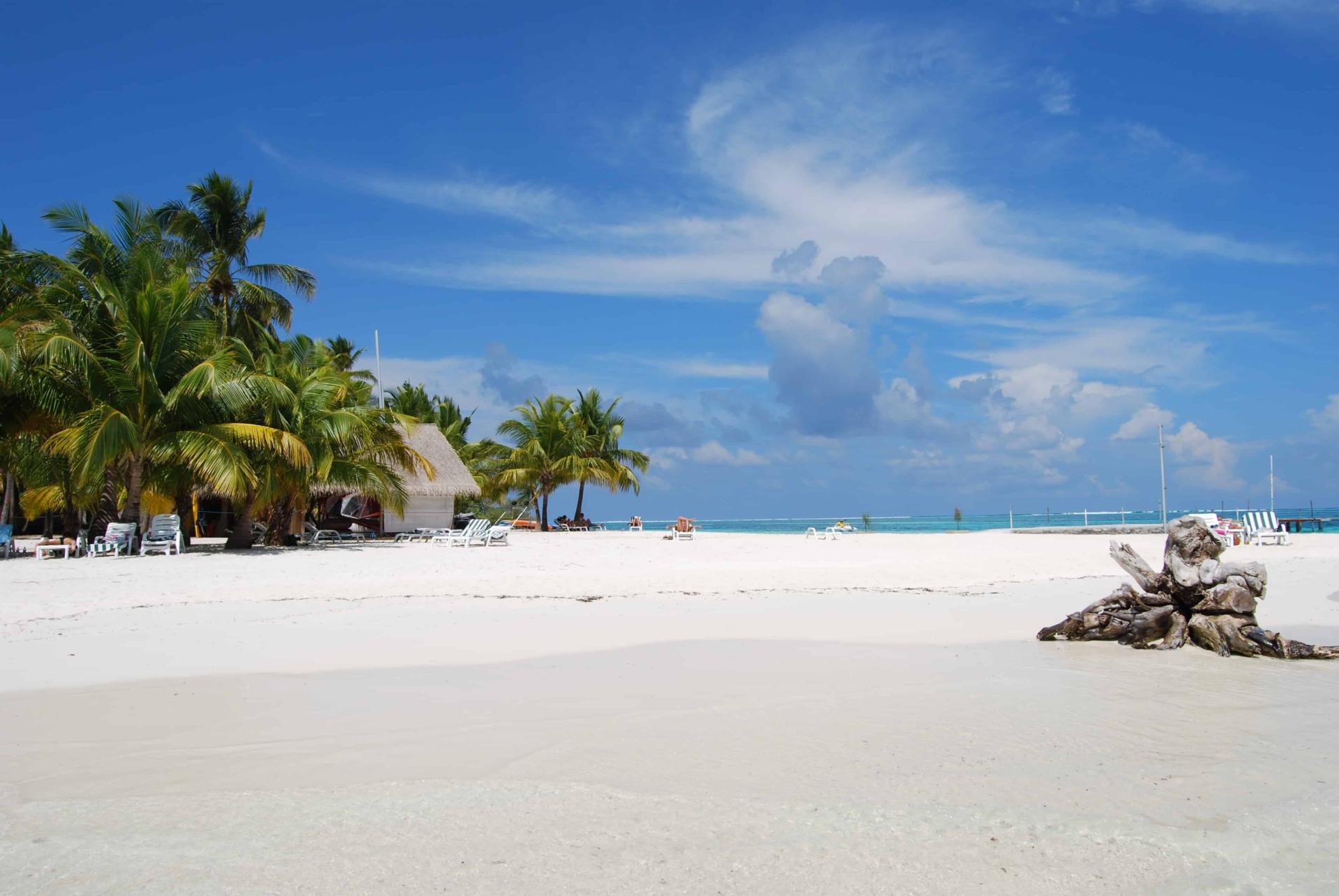 00 Malediven Urlaub Strand