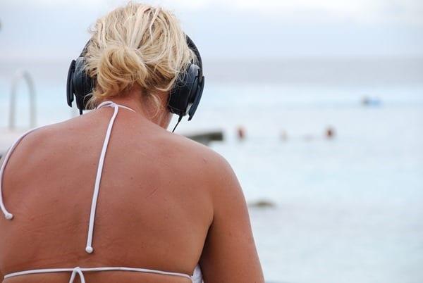 15_Entspannen-am-Strand-Playa-Porto-Mari-Beach-Curacao-Karibik-Meer