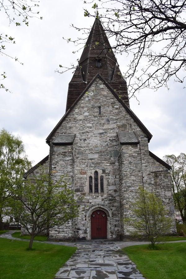 15_Kirche-Voss-Vossevangen-Norwegen