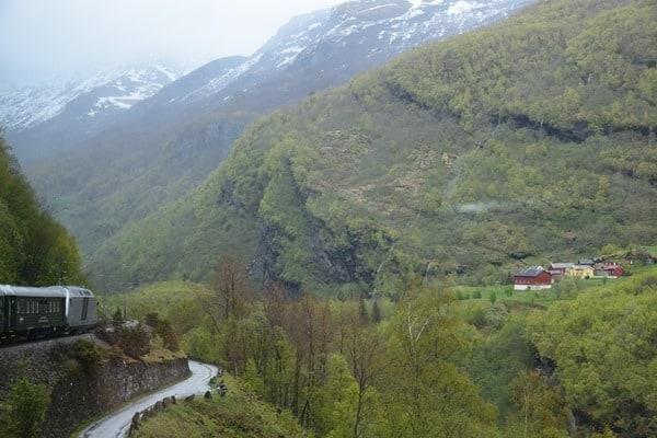 29_Zugahfahrt-Unterwegs-mit-der-Flambahn-in-Norwegen