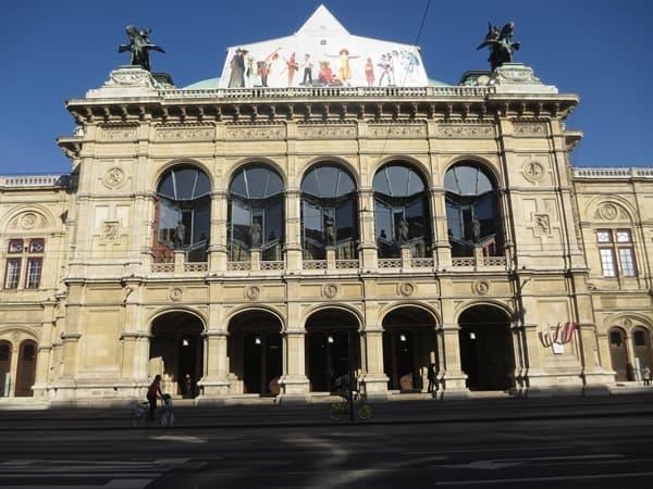 17_Wiener-Staatsoper-Wien-Oesterreich