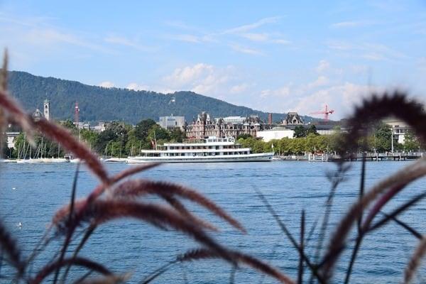 02_Ausflugsschiff-Linth-Zuerichsee-Schweiz