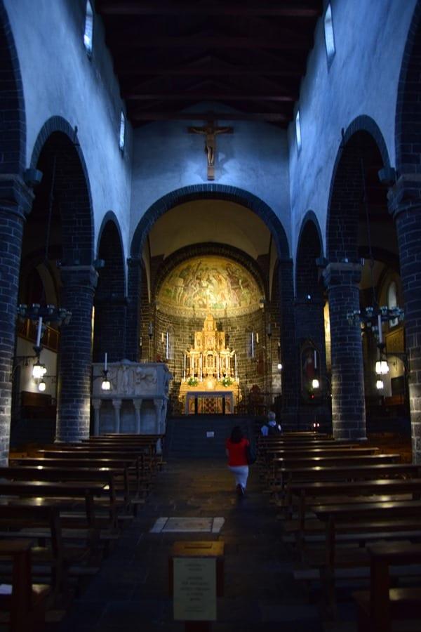 06_Altar-Basilica-di-San-Giacomo-Bellagio-Comer-See-Italien