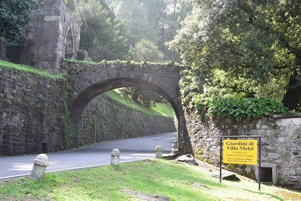 12_Eingang-Villa-Melzi-Bellagio-Comer-Italien