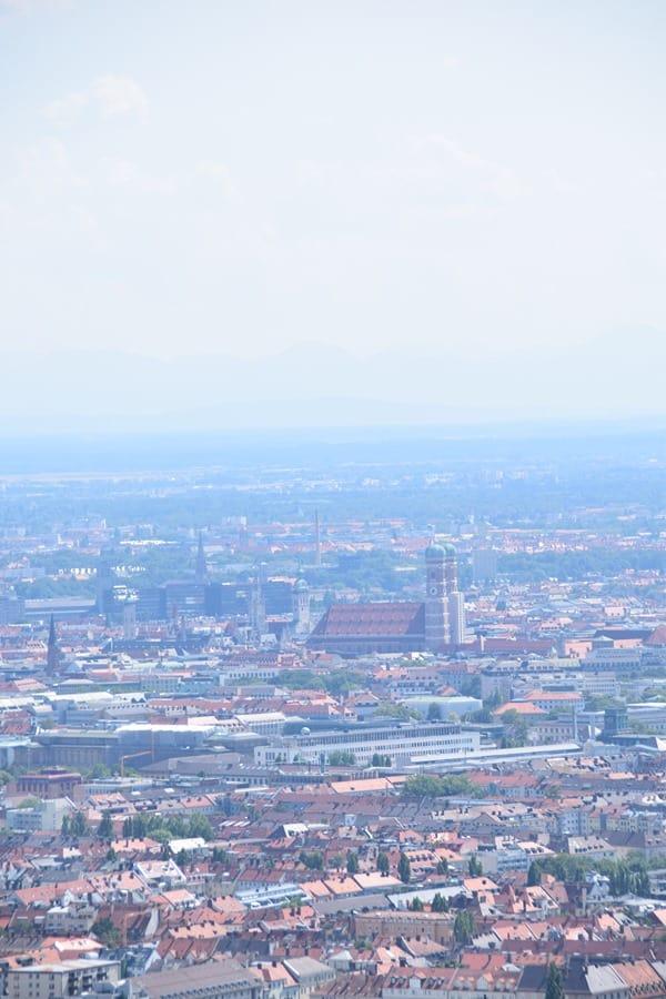 Blick vom Olympiaturm Muenchen Frauenkirche