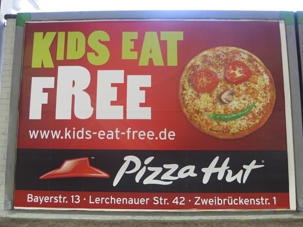 32_PizzaHut-Muenchen-Olympiapark