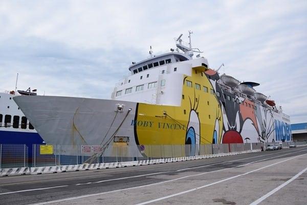 23_Faehre-Moby-Vincent-Hafen-Livorno-Italien