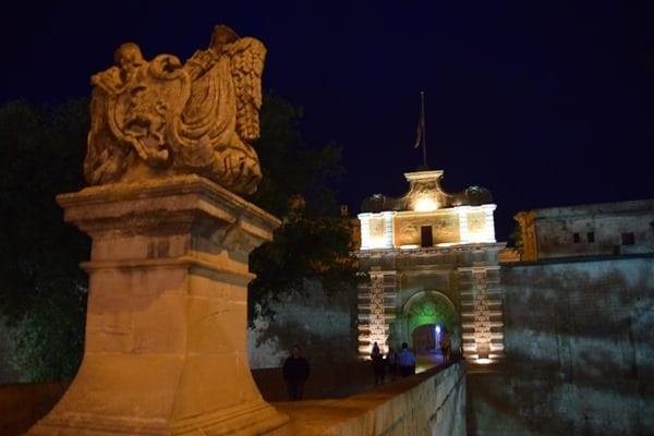 08_Nachts-Mdina-Malta