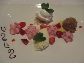 13_Dessert-Hotel-Sonne-Lifestyle-Resort-Mellau-Bregenzerwald-Vorarlberg-Oesterreich