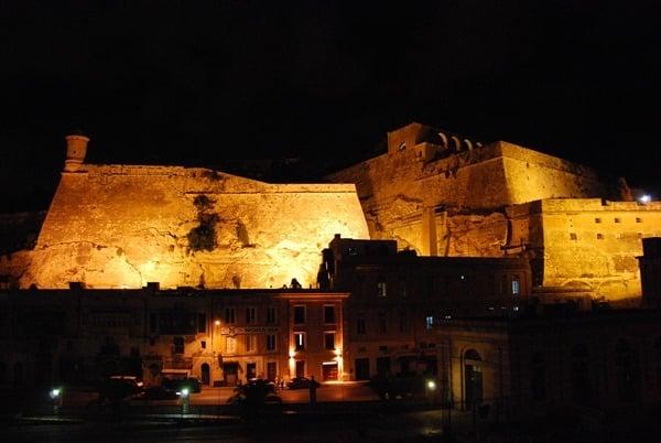 25_Festung-Valetta-Malta-Nachts