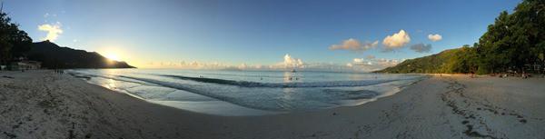 26_Panorama-Abendstimmung-Strand-Beau-Vallon-Mahe-Seychellen