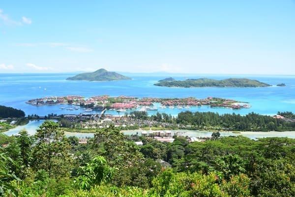 01_Eden-Island-Mahe-Seychellen