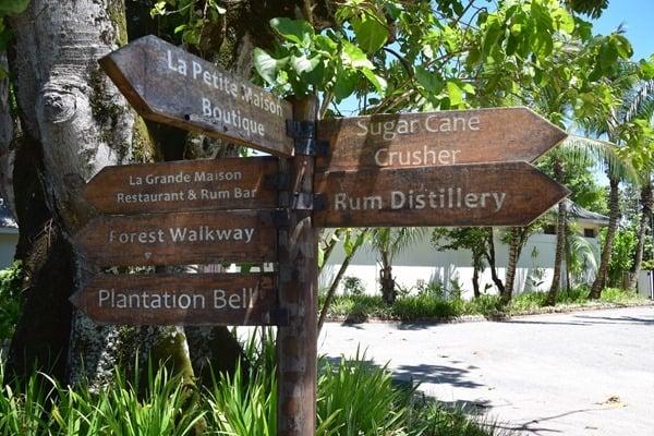 04_Wegweiser-La-Plane-St.-Andre-Mahe-Seychellen