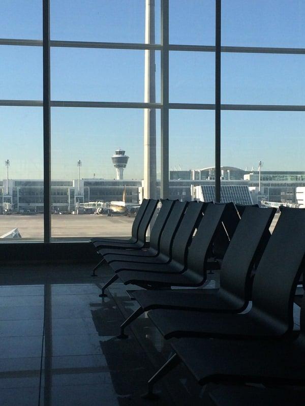 16_Probebetrieb-Satellit-Terminal-2-Flughafen-Muenchen-Wartebereich