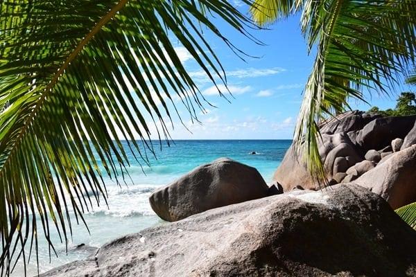 35_Granitfelsen-Traumstrand-Anse-Lazio-Praslin-Seychellen
