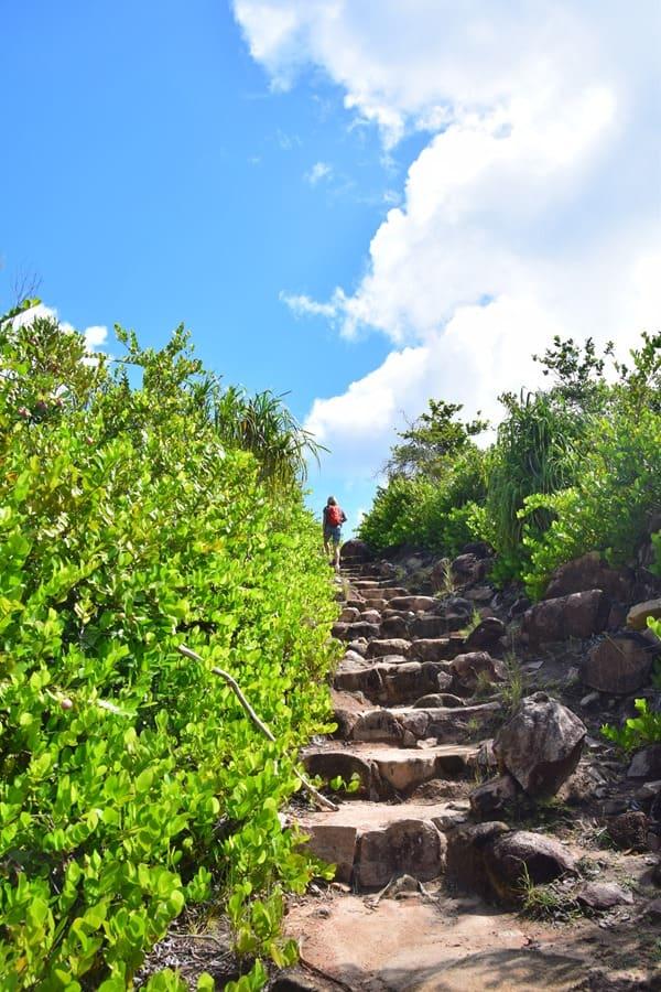 10_Wandern-im-Naturschutzgebiet-Marine-National-Park-Curieuse-Seychellen
