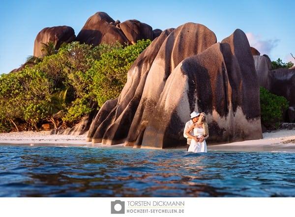 16_Flitterwochen-Hochzeitsreise-Seychellen-Traumstrand-Hochzeitsfotograf-Thorsten-Dickmann